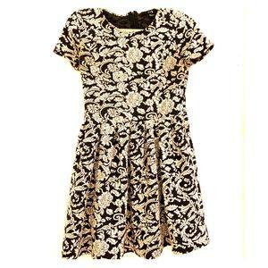 Black/white floral dress